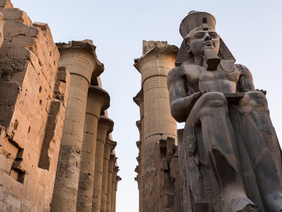 Estatua de Ramsés II, Templo de Amón. ©Edgardo W. Olivera